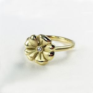 18k Yellow Gold And Diamond Ring R7354Y